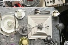 Magazzini Doni piatti bianco e nero